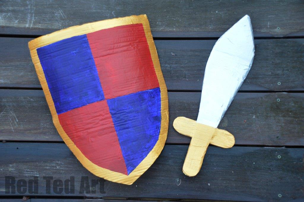 DIY Knights Costume Shield
