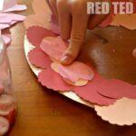 Valentine's Decoration: Heart Wreath