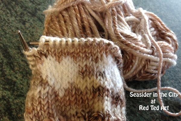 Fingerless Gloves - FREE KNITTING PATTERN - Red Ted Art\'s Blog