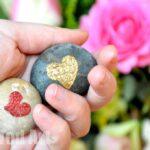 Valentine's Gifts: Heart Stone Crafts