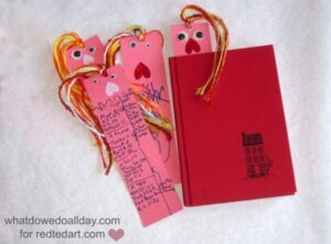 valentine gift for kids - bookmarks