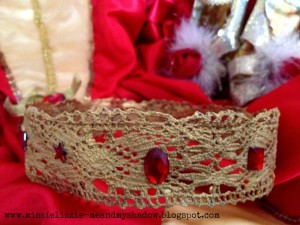 crown lace 1