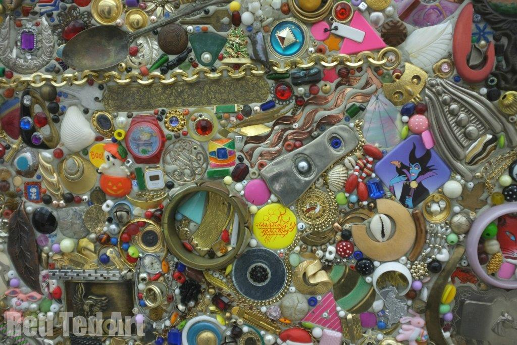 Mike Kelley - Memory Ware Flat 18 - Detail