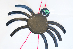 Paper Plate Crafts spider