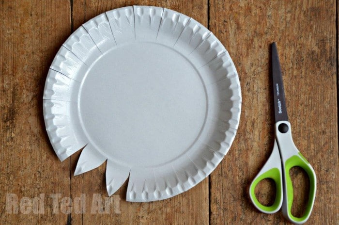 Paper Plate Weaving How To Step 1 & Paper Plate Weaving How To - Red Ted Art\u0027s Blog