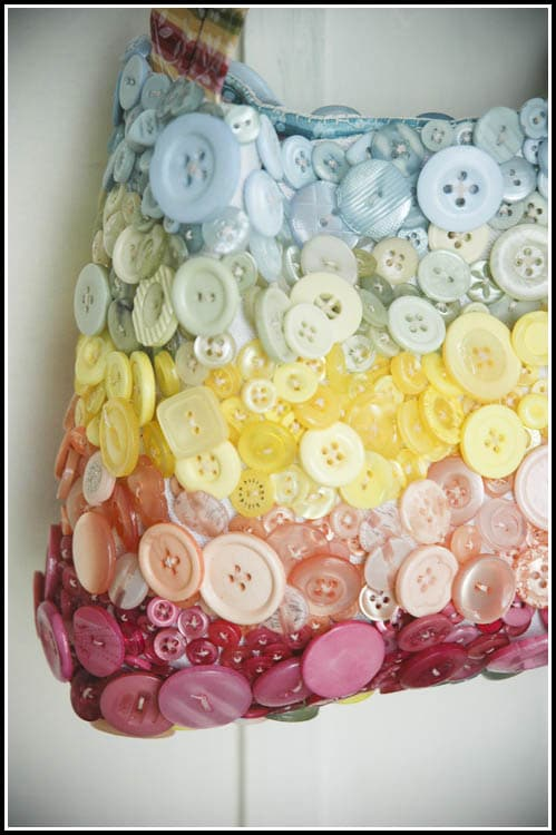 button crafts bag
