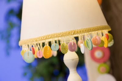 button lamp shade craft