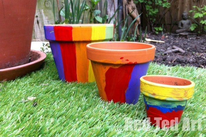 garden crafts for kids - flower pots