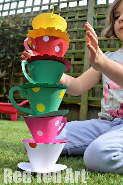 Tea Party Games – Stack the cup