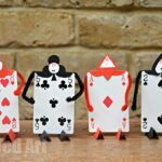 Alice in Wonderland Crafts – Card Soldiers