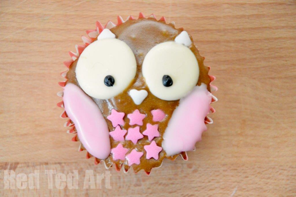 Owl Cupcake Decoration