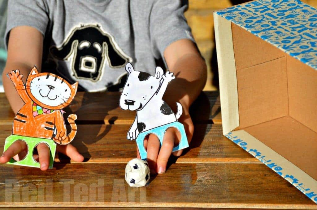 World Cup Crafts – Poppy Cat Finger Football
