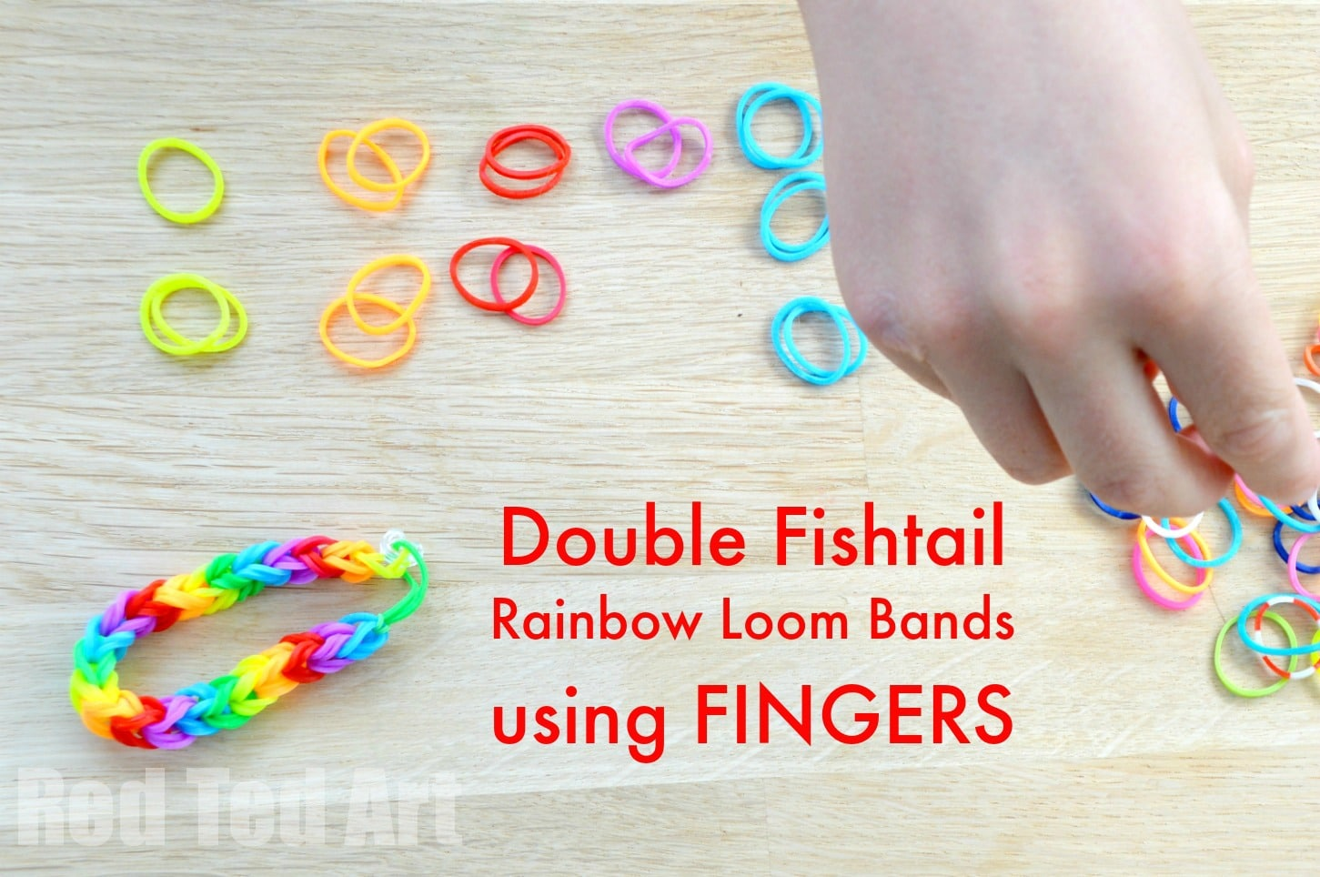 Rainbow Looms: Double Fishtail using your Fingers - Red Ted Art
