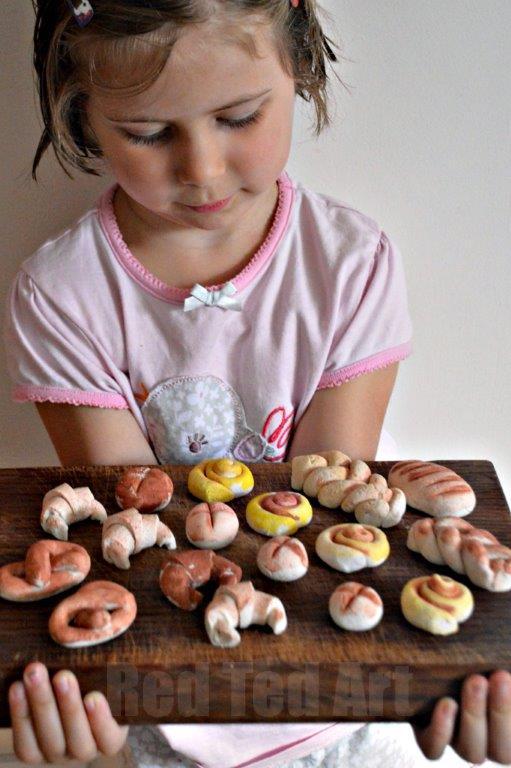 Easy salt dough recipe toy bakery red ted art 39 s blog for Salt dough crafts figures