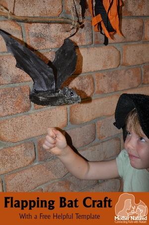 Halloween-Flapping-Bat-Craft