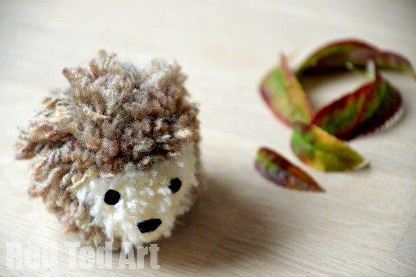 Hedgehog Pom Poms - Easy Step by Step How To