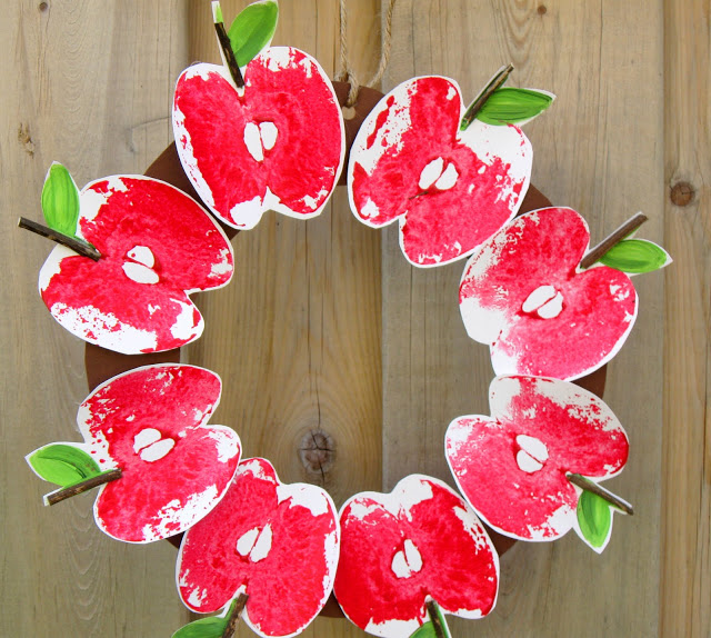 Apple Print Wreath Ideas