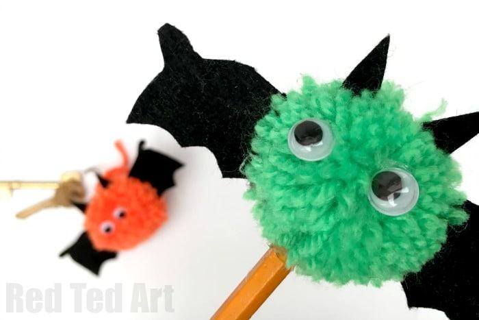 pom-pom-bat-pencil-topper