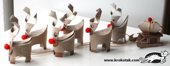 TP Roll Reindeer. 12 Christmas TP Roll Crafts. We love Christmas and these Toilet Paper Roll Christmas Crafts for Kids are ADORABLE!! #TPRolls #Christmas #recycledchristmas #christmasforkids