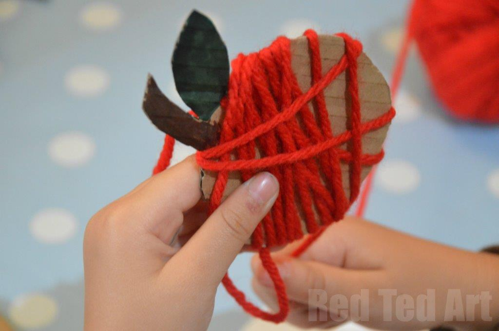 Yarn Apple Craft Garland Red Ted Arts Blog