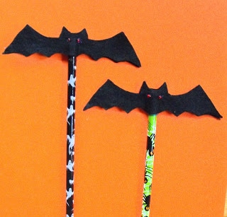 halloween bat pencil topper