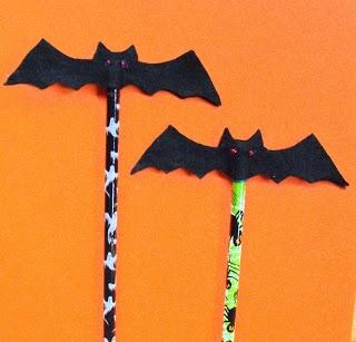 halloween bat pencil topper
