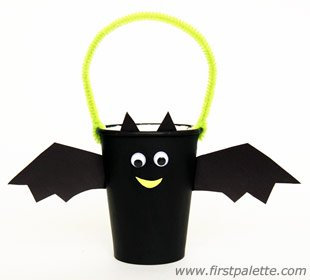 paper cup bat craft
