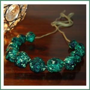 0-Newspaper-Bead-Necklace