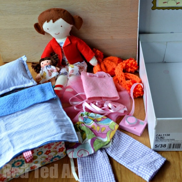 Doll in a Box - what we have.  #doll #diydoll #giftset #giftsforkids #shoebox #dollinabox #sewing