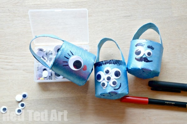 Halloween Crafts: TP Roll Treat Buckets