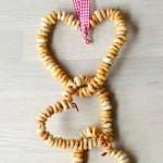 Cheerios DIY Bird Feeders - simple crafts for kids