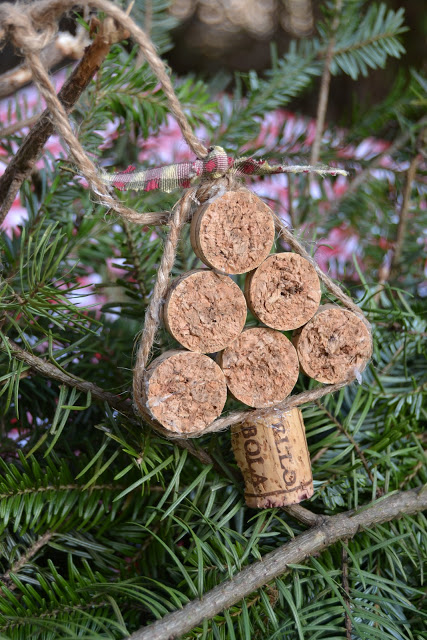 Cork Crafts - Christmas Tree