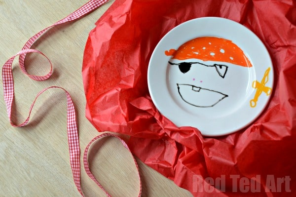 Gifts Kids Can Make - Design Your Own Plate