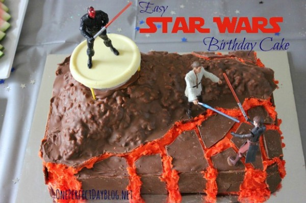 How-to-make-a-Star-Wars-birthday-cake