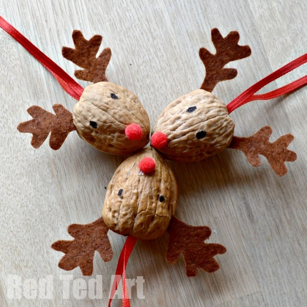 Walnut Crafts – Reindeer Ornament