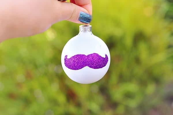 Moustache-ornament
