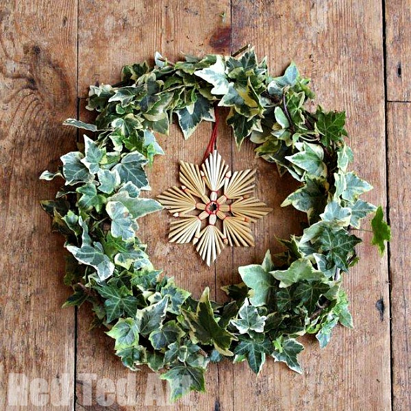 Traditional Christmas Wreath from Natural Materials