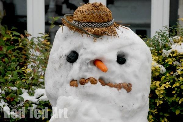 snow day activities - snowman