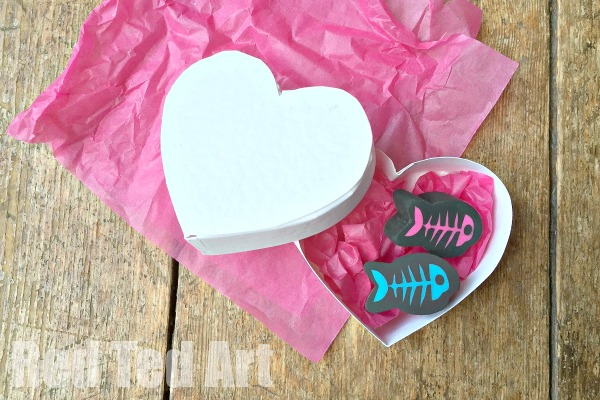 Heart Box Craft & Free Pattern