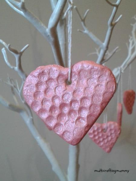 saltdough hearts bubble wrap crafts