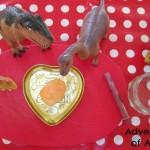 Dinosaur eggs love heart