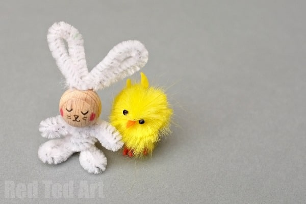 DIY Pipecleaner Bunny Craft