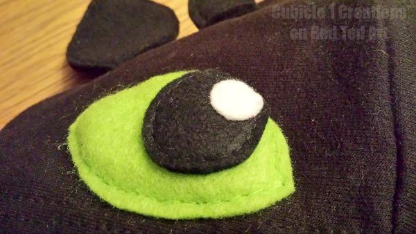 DIY Toothless Hoodie conversion