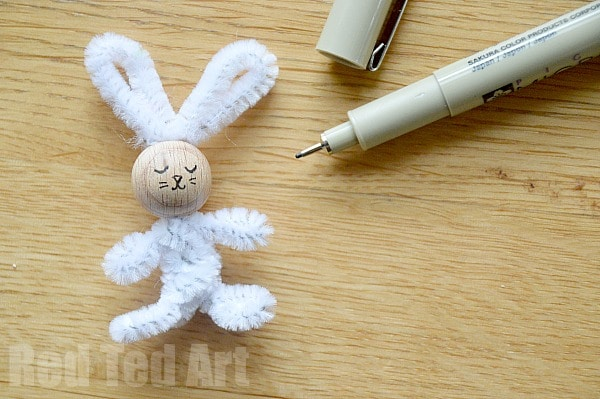 Simple Pipecleaner Bunny Craft for Easter