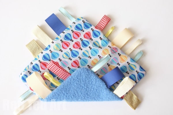 Taggie Blanket How To - easy step by step guide to this lovely new baby gift