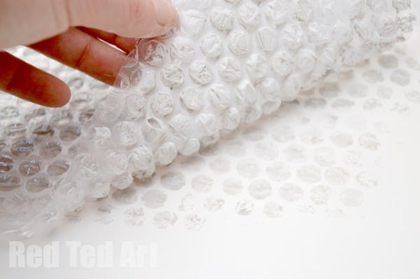 Bubble Wrap Crafts - Rain Cloud Printing