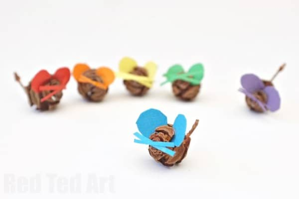 Pine Cone Crafts  - Rainbow Mice