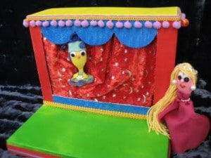 Shoebox-Puppet-Theater