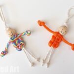 Easy Macrame Dolls (using Paracords)