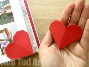 Easy Kirigami Heart Corner Bookmarks.. make them just because or give them as a small gift on Valentines Day